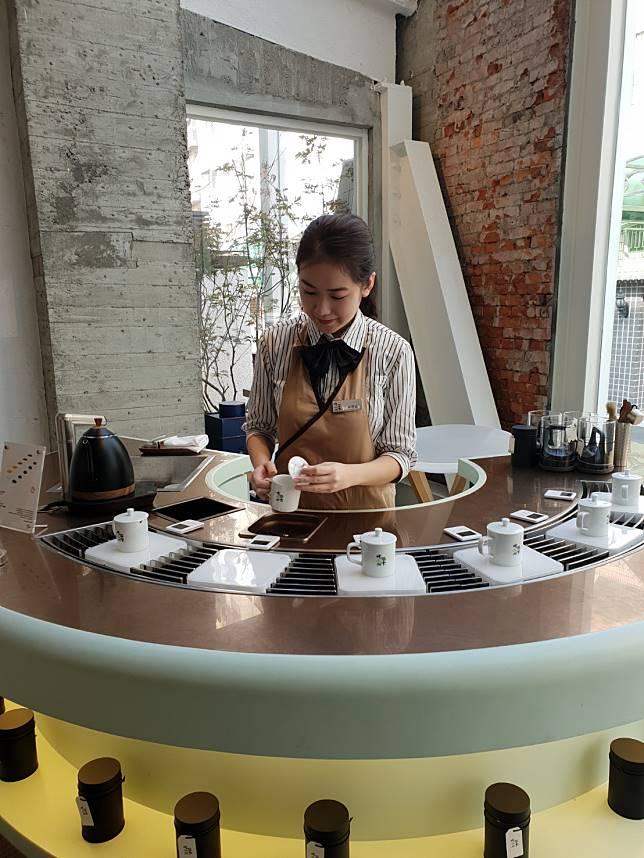 對岸回流台灣新品牌 「吃茶三千」奉上最好梨山茶