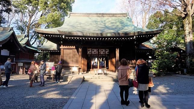 日本打卡景點-冰川神社。圖/Tripbaa趣吧!亞洲自由行專家