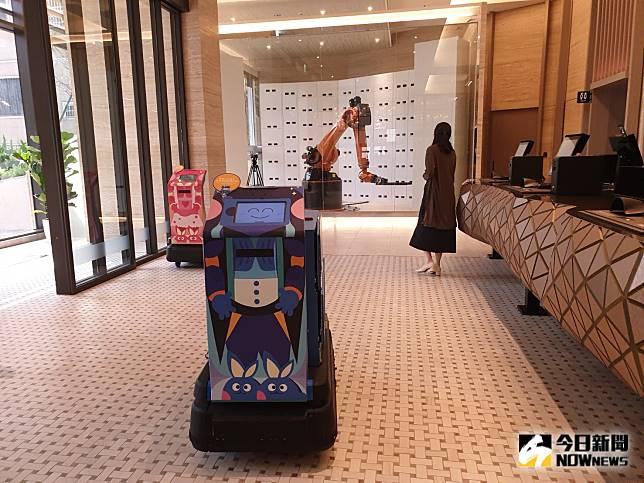 智慧旅店掀風潮 「 浮雲客棧」機器人兵團搶進逢甲商圈